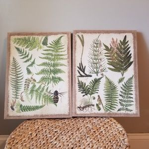Other - Canvas leaf wall art